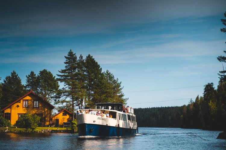 MS Brekke at the Halden Canal. Foto: Jonas Ingstad